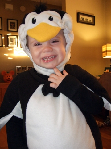 halloween-sawyer-the-penguin